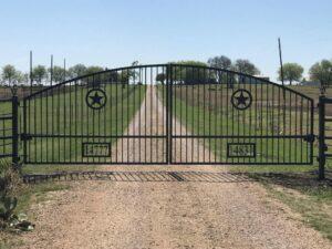 new black metal Automatic Gate