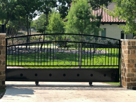 sliding metal gate in Dallas, TX
