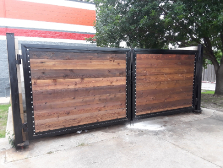 wood and metal commercial gate in Dallas