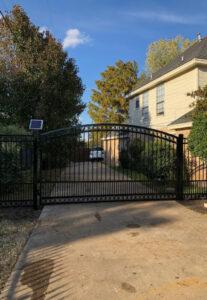 Solar-Powered Gate Opener in Dallas, tX